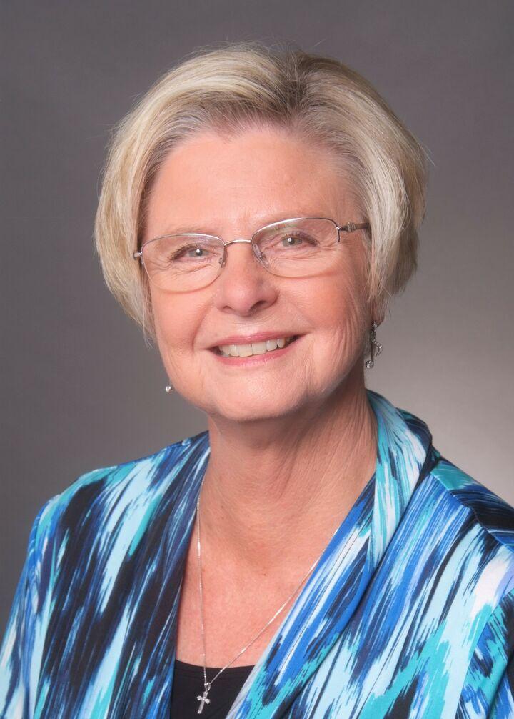 Diana L. Rugh, BROKER ASSOCIATE   REALTOR® in Santa Cruz, David Lyng Real Estate