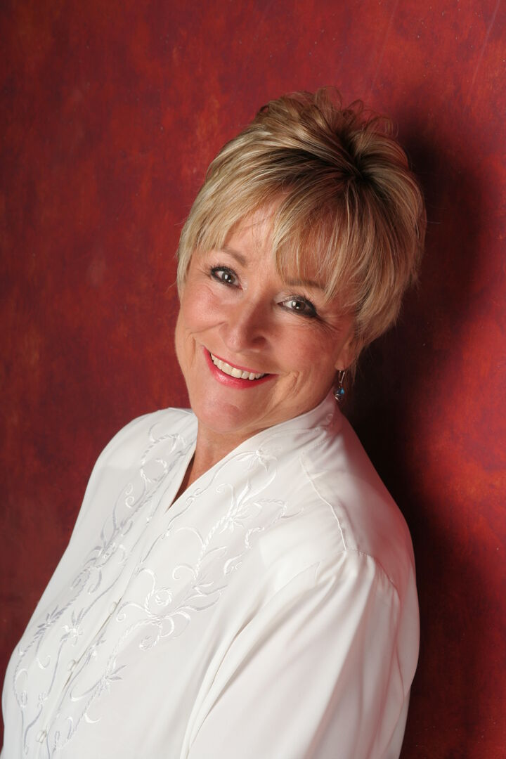 Theresa Tuengel, Managing Broker in Lynnwood, Windermere