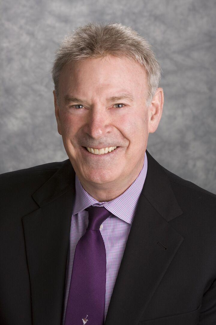 Robert Wagner,  in Denver, Windermere
