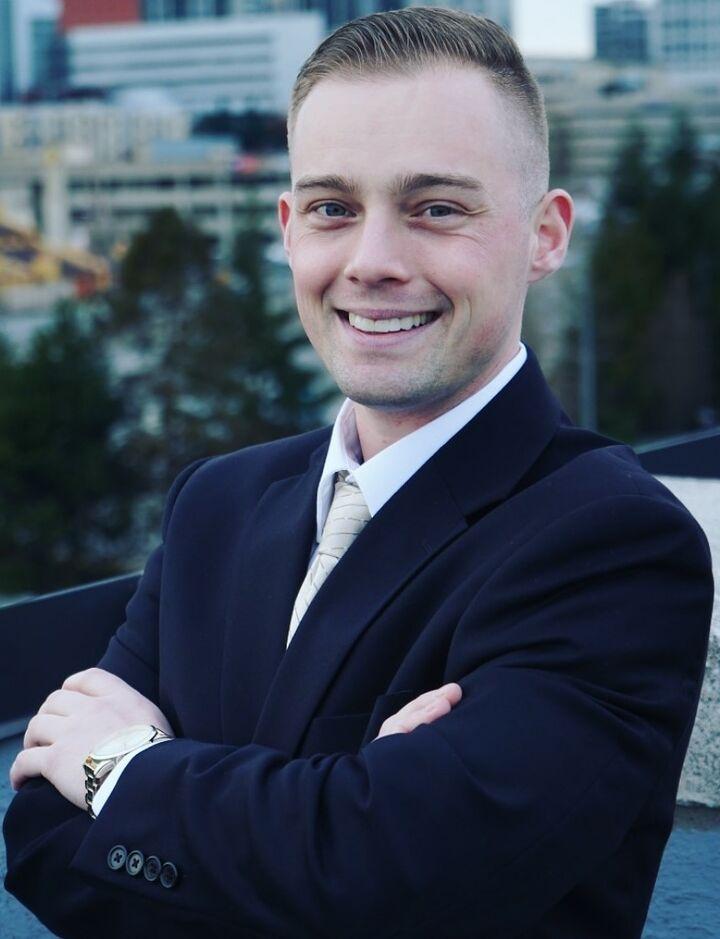 John Freeland,  in Bellevue, Windermere