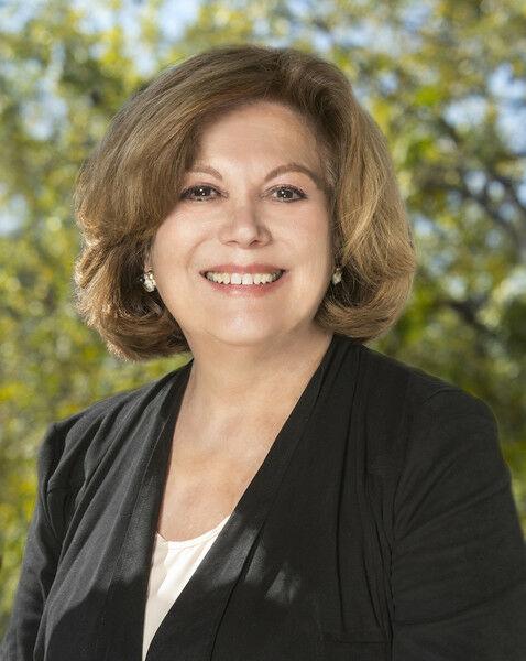 Nini Abdala, Realtor in Los Altos, Sereno Group