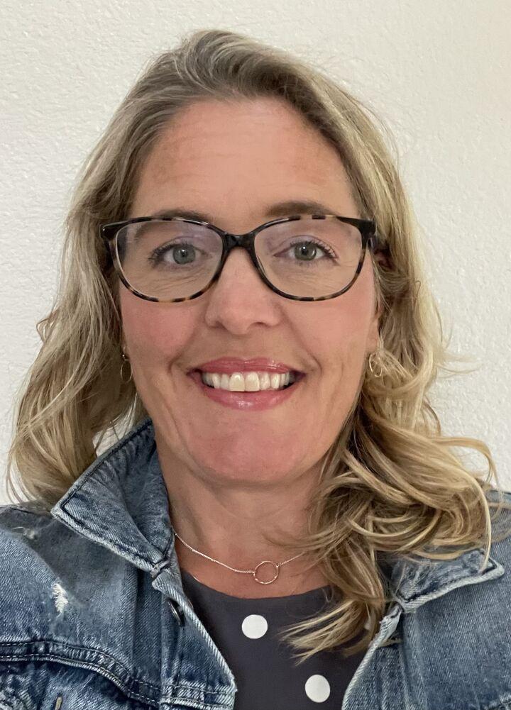 Jenny Frank, Real Estate Broker  in Gearhart, Windermere