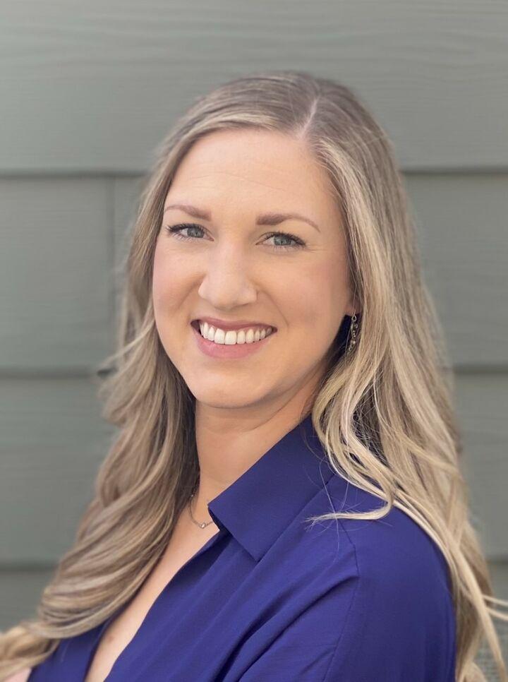 Shelby Rudow,  in Seattle, Windermere