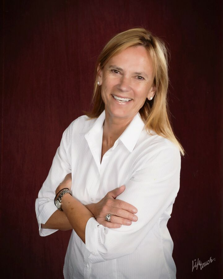 Carol Gilmore Sauter, Broker in Seattle, Windermere