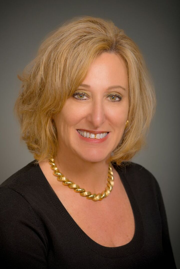 Renee Kunz,  in Hollister, Intero Real Estate