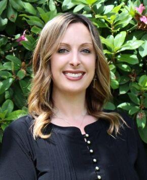 Tara Sharp, Realtor Broker in Arlington, Windermere