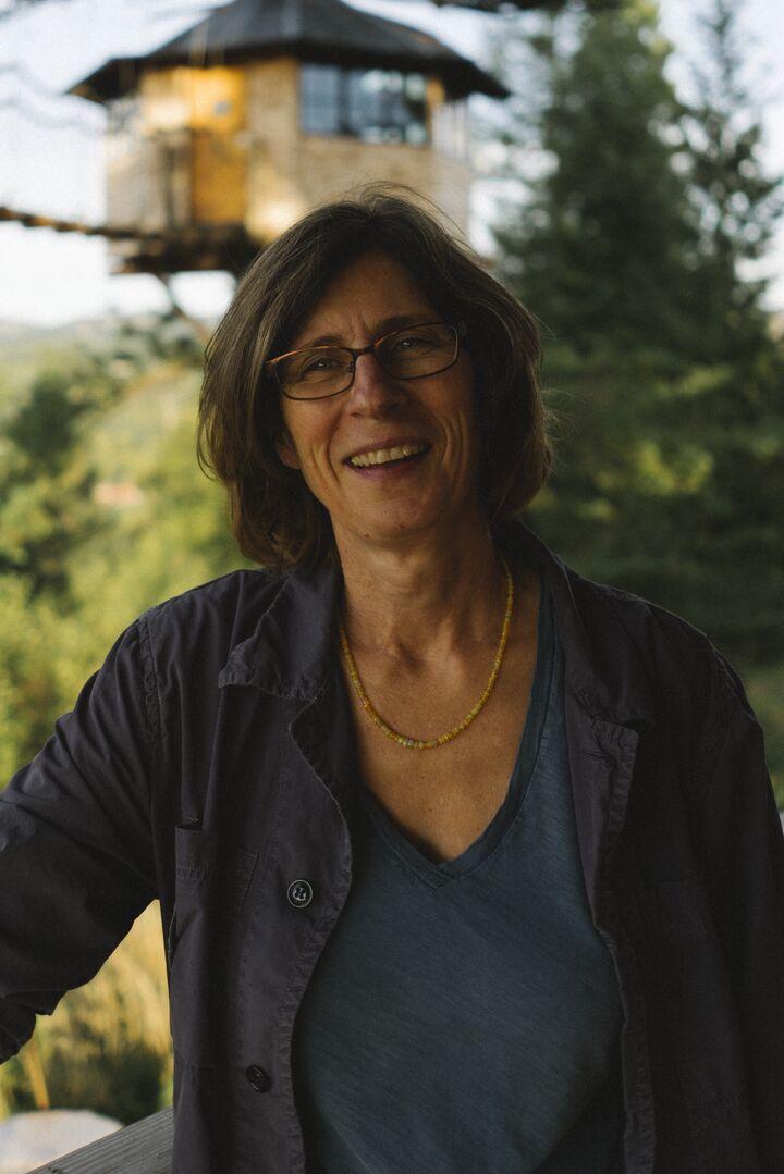 Stephanie Huntington, Broker in Bingen, Windermere