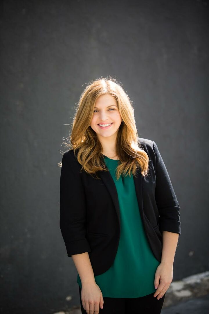 Lauren Lee Sawyer, REALTOR Associate in Riverside, Windermere