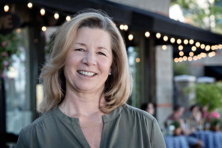 Joylene Swanberg, Broker | Licensed in Oregon in Portland, Windermere