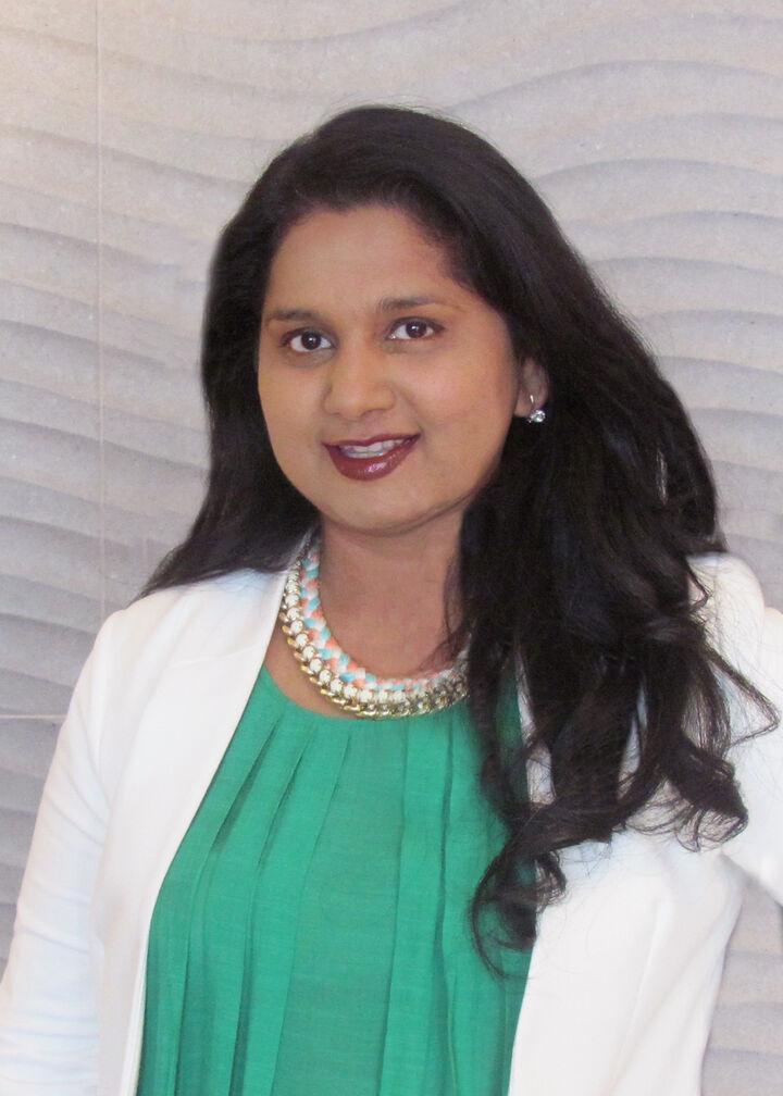 Nila Karekar, Broker, Realtor® in Redmond, Windermere