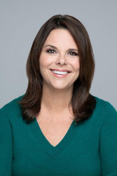 Erin  Hoppe, Managing Broker in Bellevue, Windermere