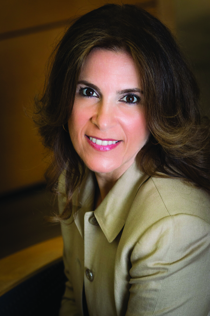 Carolyn Kureghian, Realtor in Northridge, Pinnacle Estate Properties