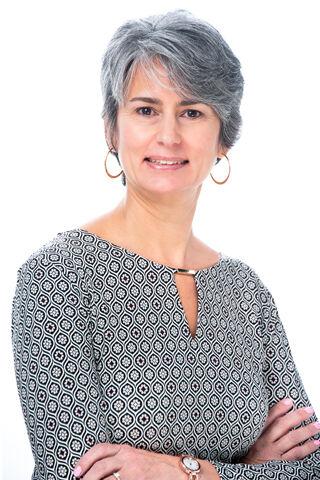 Jacqueline L Hoyt