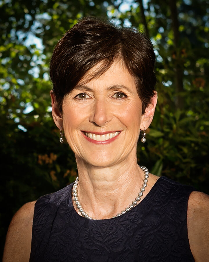 Julie Billett, Managing Broker in Kirkland, Windermere