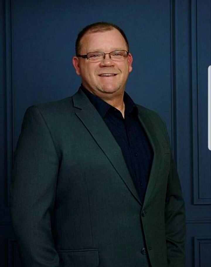 Steve Conway, Associate Broker in Anderson, BHHS Indiana Realty
